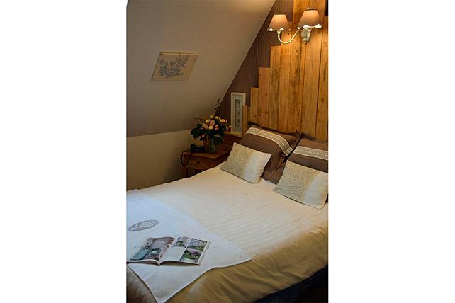 R server une chambre d 39 hotel pr s de rocamadour le petit for Reserver une chambre d hotel